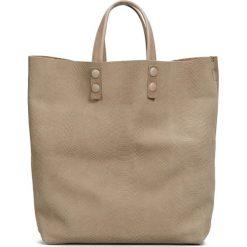 Skórzana torebka w kolorze szarobrązowym - 45 x 46 x 11 cm. Torby na ramię damskie Marc O' Polo, w paski, ze skóry. W wyprzedaży za 434.95 zł.