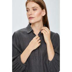 Vila - Koszula Bista. Szare koszule damskie Vila, z bawełny, casualowe, z klasycznym kołnierzykiem, z długim rękawem. W wyprzedaży za 99.90 zł.
