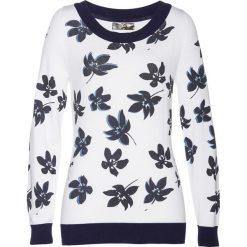 Sweter bonprix biało-ciemnoniebiesko-niebieski z nadrukiem. Swetry damskie marki KALENJI. Za 109.99 zł.