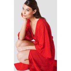 NA-KD Boho Sukienka-płaszcz z szyfonu - Red. Czerwone płaszcze damskie NA-KD Boho, z szyfonu, boho. Za 100.95 zł.