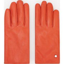 Skórzane rękawiczki - Czerwony. Czerwone rękawiczki damskie Reserved. Za 79.99 zł.