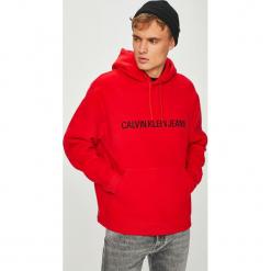 Calvin Klein Jeans - Bluza. Czerwone bluzy męskie Calvin Klein Jeans, z nadrukiem, z bawełny. Za 579.90 zł.