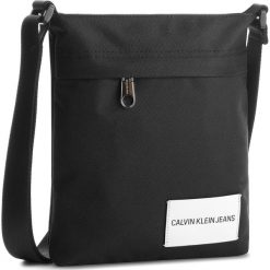 Saszetka CALVIN KLEIN JEANS - Sport Essential Flat K40K400417 001. Czarne saszetki męskie Calvin Klein Jeans, z jeansu, młodzieżowe. Za 299.00 zł.