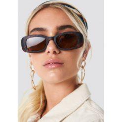 NA-KD Accessories Prostokątne okulary przeciwsłoneczne retro - Brown. Brązowe okulary przeciwsłoneczne damskie NA-KD Accessories. Za 80.95 zł.