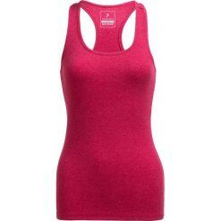 Top damski TSD600B - ciemny róż - Outhorn. Czerwone topy damskie Outhorn, z bawełny. W wyprzedaży za 19.99 zł.