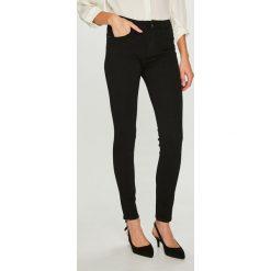 Answear - Jeansy Femifesto. Czarne jeansy damskie ANSWEAR. W wyprzedaży za 79.90 zł.