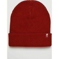 The North Face - Czapka. Czerwone czapki i kapelusze damskie The North Face, z dzianiny. W wyprzedaży za 84.90 zł.