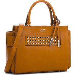 Torebka GUESS - HWVC71 06060  COG. Brązowe torebki do ręki damskie Guess, ze skóry ekologicznej. W wyprzedaży za 479.00 zł.