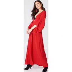 NA-KD Boho Sukienka-płaszcz - Red. Czerwone płaszcze damskie NA-KD Boho, z wiskozy, boho. Za 100.95 zł.