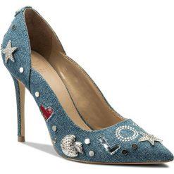 Szpilki GUESS - Belle2 FLBE21 DEN08 BLUE. Szpilki damskie marki Clarks. W wyprzedaży za 369.00 zł.