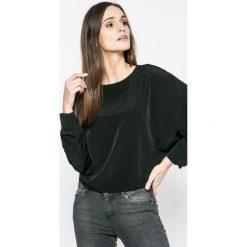 Vero Moda - Bluzka. Czarne bluzki damskie Vero Moda, z poliesteru, casualowe, z okrągłym kołnierzem. W wyprzedaży za 79.90 zł.