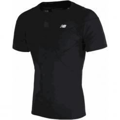 Koszulka kompresyjna - MT710135BK. Czarne koszulki sportowe męskie New Balance, na jesień, z materiału. W wyprzedaży za 129.99 zł.