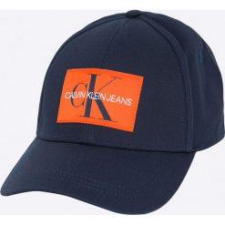 Calvin Klein Jeans - Czapka. Czarne czapki i kapelusze damskie Calvin Klein Jeans, z bawełny. W wyprzedaży za 119.90 zł.