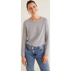 Mango - Bluzka Ocaso3. Szare bluzki damskie Mango, z bawełny, casualowe, z okrągłym kołnierzem, z krótkim rękawem. Za 35.90 zł.