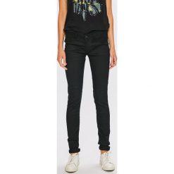 Pepe Jeans - Jeansy. Jeansy damskie marki bonprix. W wyprzedaży za 299.90 zł.