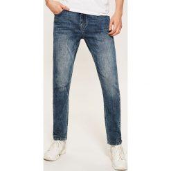 Jeansy slim fit - Niebieski. Niebieskie jeansy męskie House. Za 129.99 zł.