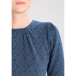 b4132da6b2 Niebieskie sukienki damskie - Kolekcja lato 2018 - Chillizet.pl