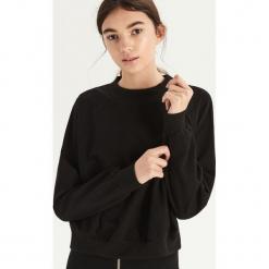 Bluza z transparentną wstawką - Czarny. Czarne bluzy damskie Sinsay. Za 49.99 zł.