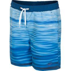 Spodenki plażowe dla dużych chłopców JMAJM210 - niebieski. Niebieskie kąpielówki dla chłopców 4F JUNIOR, z materiału. Za 59.99 zł.