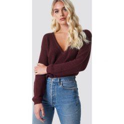 NA-KD Sweter z głębokim dekoltem V - Purple. Fioletowe swetry damskie NA-KD, dekolt w kształcie v. Za 121.95 zł.