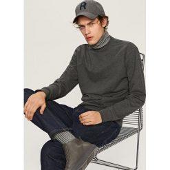 Gładka bluza Basic - Szary. Szare bluzy męskie marki Calvin Klein Jeans, z nadrukiem, z bawełny. Za 59.99 zł.
