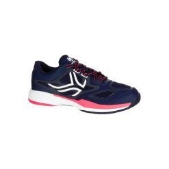 Buty tenisowe TS560 damskie. Niebieskie obuwie sportowe damskie ARTENGO, z kauczuku. W wyprzedaży za 119.99 zł.