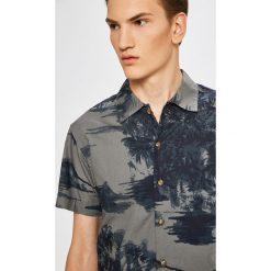 Premium by Jack&Jones - Koszula. Szare koszule męskie Premium by Jack&Jones, z bawełny, z klasycznym kołnierzykiem, z krótkim rękawem. W wyprzedaży za 99.90 zł.