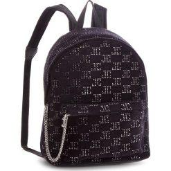 Plecak JUICY COUTURE BLACK LABEL - Rhinestones JBH5001  Czarny. Czarne plecaki damskie Juicy Couture Black Label, z materiału. W wyprzedaży za 449.00 zł.