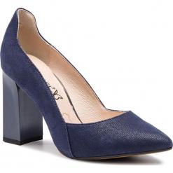 Półbuty CAPRICE - 9-22411-22 Blue Jeans Sue 802. Niebieskie półbuty damskie Caprice, z jeansu, eleganckie. Za 249.90 zł.
