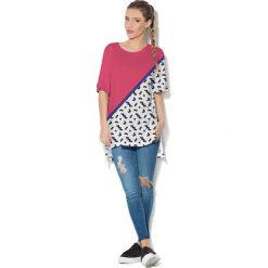 Colour Pleasure Koszulka CP-033  25 biało-różowo-granatowa r. uniwersalny. Bluzki damskie marki Colour Pleasure. Za 76.57 zł.