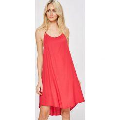 Answear - Sukienka Stripes Vibes. Sukienki damskie ANSWEAR, z poliesteru, casualowe, na ramiączkach. W wyprzedaży za 59.90 zł.