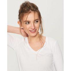 Koszulka z bawełny organicznej - Biały. Białe t-shirty damskie Reserved, z bawełny. Za 29.99 zł.