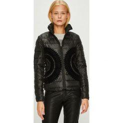 Desigual - Kurtka. Czarne kurtki damskie Desigual, z materiału. W wyprzedaży za 399.90 zł.