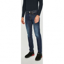 Diesel - Jeansy Thommer. Niebieskie jeansy męskie Diesel. Za 629.90 zł.