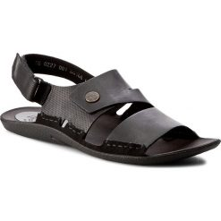 Sandały NIK - 06-0227-00-0-01-00 Czarny. Czarne sandały męskie Nik, z materiału. W wyprzedaży za 159.00 zł.