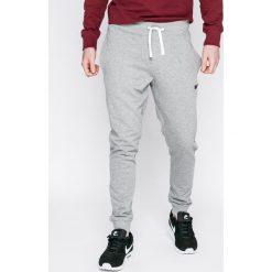 Produkt by Jack & Jones - Spodnie. Szare spodnie sportowe męskie PRODUKT by Jack & Jones, z bawełny. W wyprzedaży za 69.90 zł.