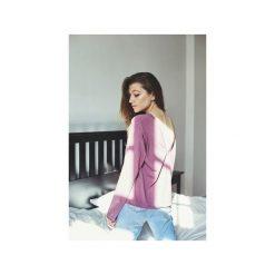 VALERIE WRZOS bluzka. Fioletowe bluzki damskie Gau great as you, z bawełny, z długim rękawem. Za 189.00 zł.