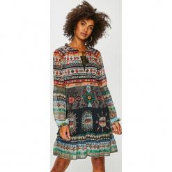Desigual - Sukienka. Brązowe sukienki damskie Desigual, z materiału, casualowe, z okrągłym kołnierzem. Za 399.90 zł.