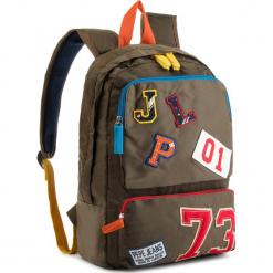 Plecak PEPE JEANS - Patches Backpack PB030193 Otter Green 751. Zielone plecaki damskie Pepe Jeans, z jeansu. W wyprzedaży za 159.00 zł.