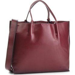 Torebka KAZAR - Saga 33257-01-06 Bordeaux. Czerwone torebki do ręki damskie Kazar, ze skóry. Za 799.00 zł.