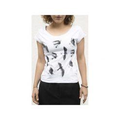 T-shirt JASKÓŁKI. Białe t-shirty damskie Dwie lewe ręce, z nadrukiem, z bawełny. Za 109.00 zł.
