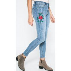 Answear - Jeansy Blossom Mood. Niebieskie jeansy damskie ANSWEAR. W wyprzedaży za 99.90 zł.