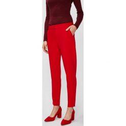 Answear - Spodnie. Czerwone spodnie materiałowe damskie ANSWEAR, z haftami, z elastanu. W wyprzedaży za 89.90 zł.