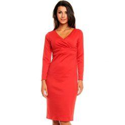 Czerwona Elegancka Sukienka z Zakładanym Dekoltem z Długim Rękawem. Czerwone sukienki damskie Molly.pl, z dzianiny, eleganckie, z kopertowym dekoltem, z długim rękawem. W wyprzedaży za 97.23 zł.