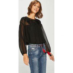 Pepe Jeans - Bluzka Opium. Szare bluzki damskie Pepe Jeans, z jeansu, casualowe, z okrągłym kołnierzem. Za 359.90 zł.