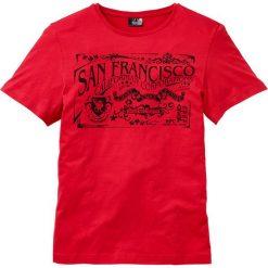 T-shirt z nadrukiem bonprix czerwony. T-shirty męskie marki Giacomo Conti. Za 34.99 zł.