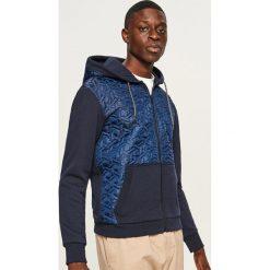Pikowana bluza z kapturem - Granatowy. Niebieskie bluzy męskie Reserved. Za 99.99 zł.