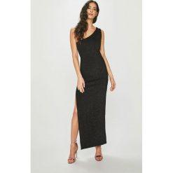 Answear - Sukienka Night Fever. Szare sukienki damskie ANSWEAR, z dzianiny, eleganckie. Za 149.90 zł.