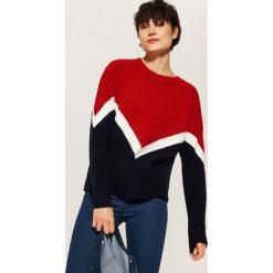 Trójkolorowy sweter - Czerwony. Swetry damskie marki bonprix. Za 69.99 zł.