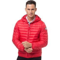 Kurtka w kolorze czerwonym. Czerwone kurtki męskie Northwood. W wyprzedaży za 216.95 zł.
